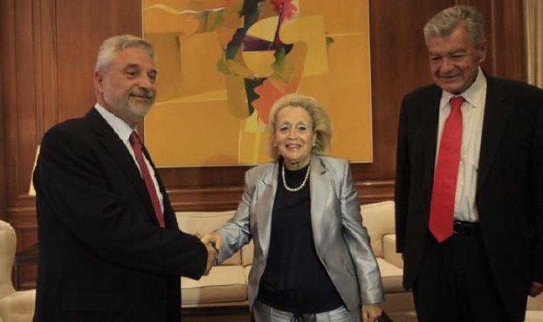 Στο υπουργείο Μακεδονίας - Θράκης η Β. Θάνου για το προσφυγικό ζήτημα  - Κυρίως Φωτογραφία - Gallery - Video
