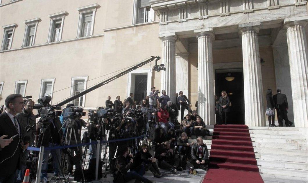 Μεγάλο ενδιαφέρον από διεθνή ΜΜΕ για τις βουλευτικές εκλογές:150 ξένοι δημοσιογράφοι ήρθαν να τις καλύψουν    - Κυρίως Φωτογραφία - Gallery - Video