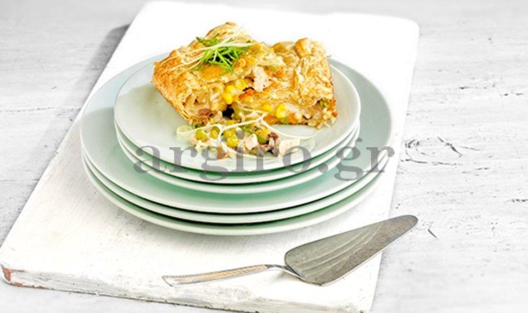 Συγκλονιστική κοτόπιτα από την Αργυρώ: Το πιο νόστιμο πρώτο πιάτο   - Κυρίως Φωτογραφία - Gallery - Video
