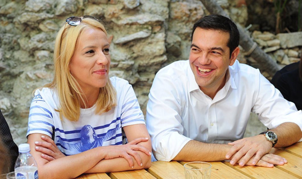 Με ποιους έπινε καφέ ο Τσίπρας παραμονή των εκλογών; – Φωτό - Κυρίως Φωτογραφία - Gallery - Video