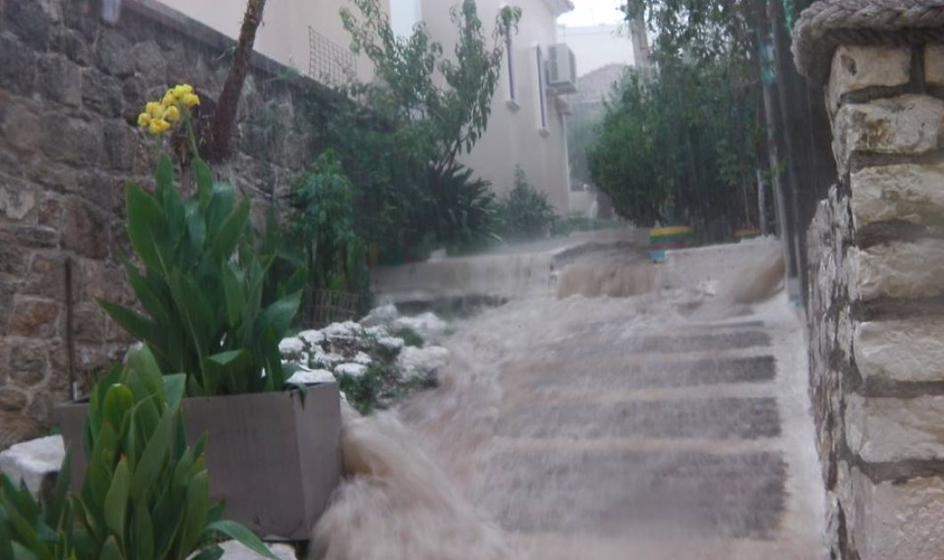 Στο έλεος της κακοκαιρίας η Κεφαλονιά: Πλημμύρισαν σπίτια και καταστήματα - Κυρίως Φωτογραφία - Gallery - Video