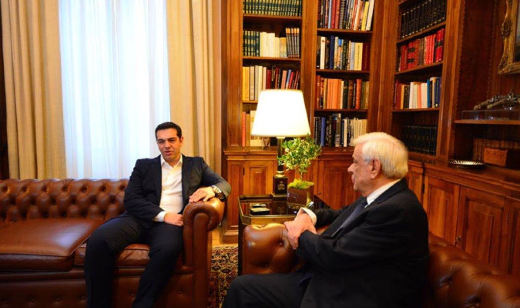 Βίντεο: Ορκίστηκε πρωθυπουργός ο Αλέξης Τσίπρας - Μέχρι το πρωί της Τετάρτης η νέα κυβέρνηση  - Κυρίως Φωτογραφία - Gallery - Video