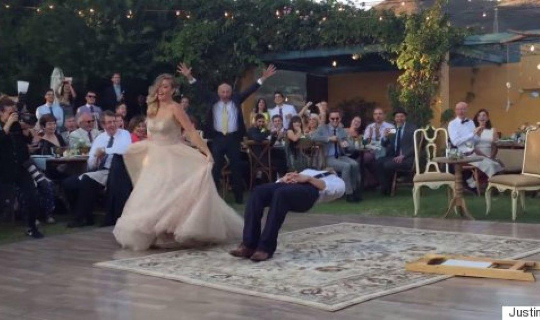 Απίθανο βίντεο: Δείτε το «τρικ» που έκανε στο γάμο του ένας μάγος & οι καλεσμένοι τα «έχασαν»  - Κυρίως Φωτογραφία - Gallery - Video
