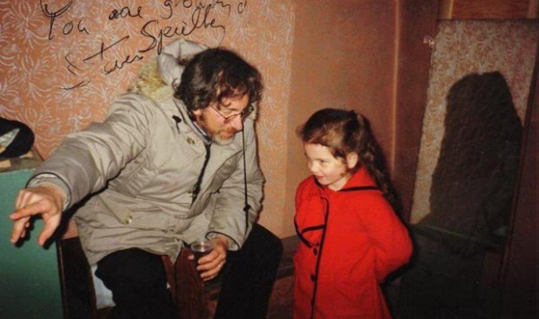 """Η συγκλονιστική σκηνή με το κοριτσάκι που φορούσε κόκκινο παλτό στη """"Λίστα του Σίντλερ"""". Τι απέγινε η μικρή που υποδύθηκε τον ρόλο; - Κυρίως Φωτογραφία - Gallery - Video"""