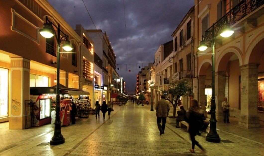 Πάτρα: Δυο νεαρές έκλεψαν 20 ρούχα βγάζοντας τα αντικλεπτικά και 13 πορτοφόλια - Κυρίως Φωτογραφία - Gallery - Video