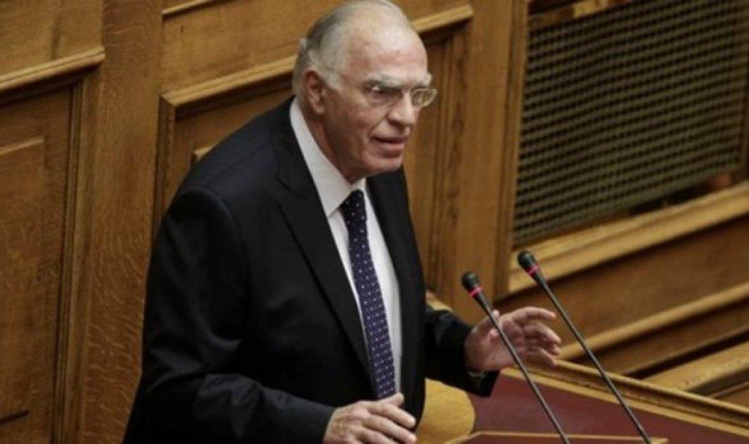 Ο Βασίλης Λεβέντης λέει ότι υπάρχει υπουργός που μεταβαίνει καθημερινά στο υπουργείο με ελικόπτερο  - Κυρίως Φωτογραφία - Gallery - Video