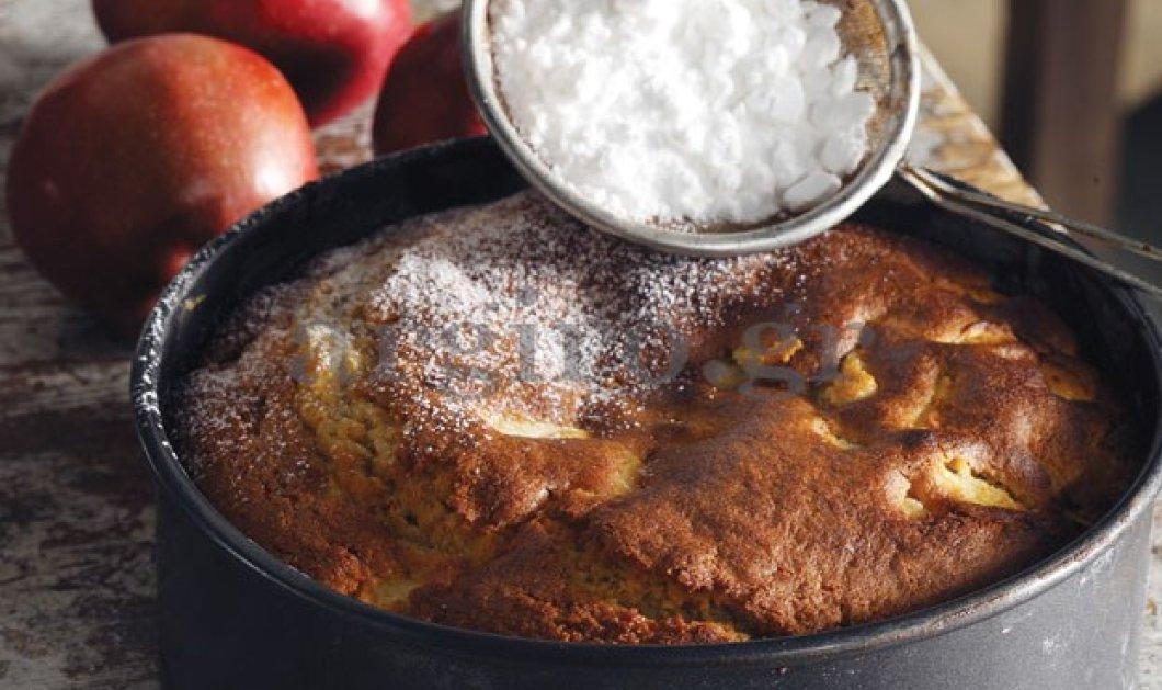 Η Αργυρώ φτιάχνει την πιο εύκολη και νόστιμη μηλόπιτα - Κυρίως Φωτογραφία - Gallery - Video