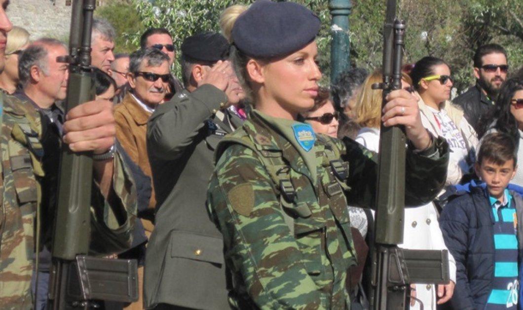 Άρωμα γυναίκας στη στρατιωτική παρέλαση της Λήμνου: Δείτε την ξανθιά καλλονή που μαγνήτισε τα βλέμματα όλων - Κυρίως Φωτογραφία - Gallery - Video