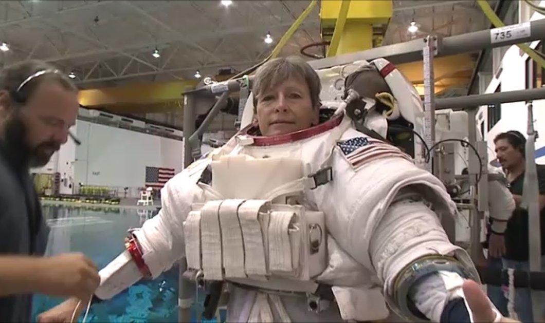Βίντεο: Δείτε πως μπαίνουν οι αστροναύτες στις στολές τους!  - Κυρίως Φωτογραφία - Gallery - Video
