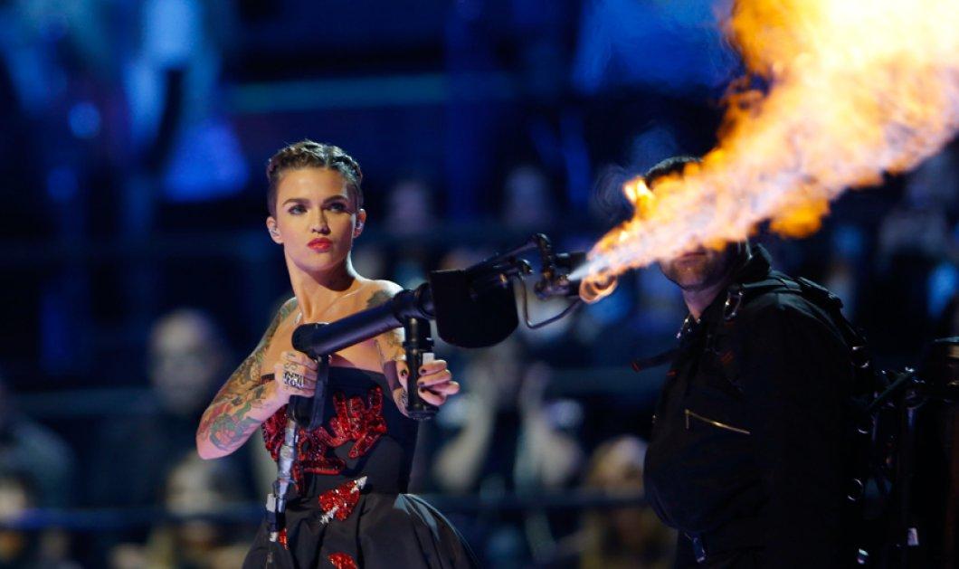 Φωτιά πήρε το Μιλάνο με τα MTV Awards – Δείτε ποιοι απέσπασαν βραβεία στη φαντασμαγορική βραδιά  - Κυρίως Φωτογραφία - Gallery - Video