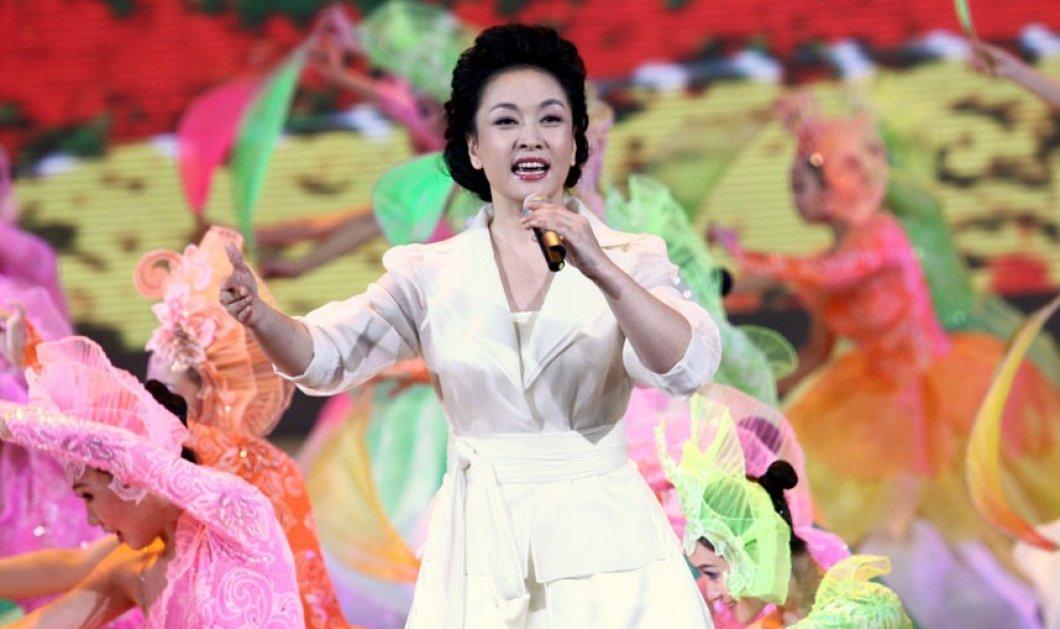Το photoalbum της πρώτης κυρίας της Κίνας: Η πρώην σοπράνο από αύριο θα κοιμάται στα πολυτελή δωμάτια του Buckingham Palace - Κυρίως Φωτογραφία - Gallery - Video