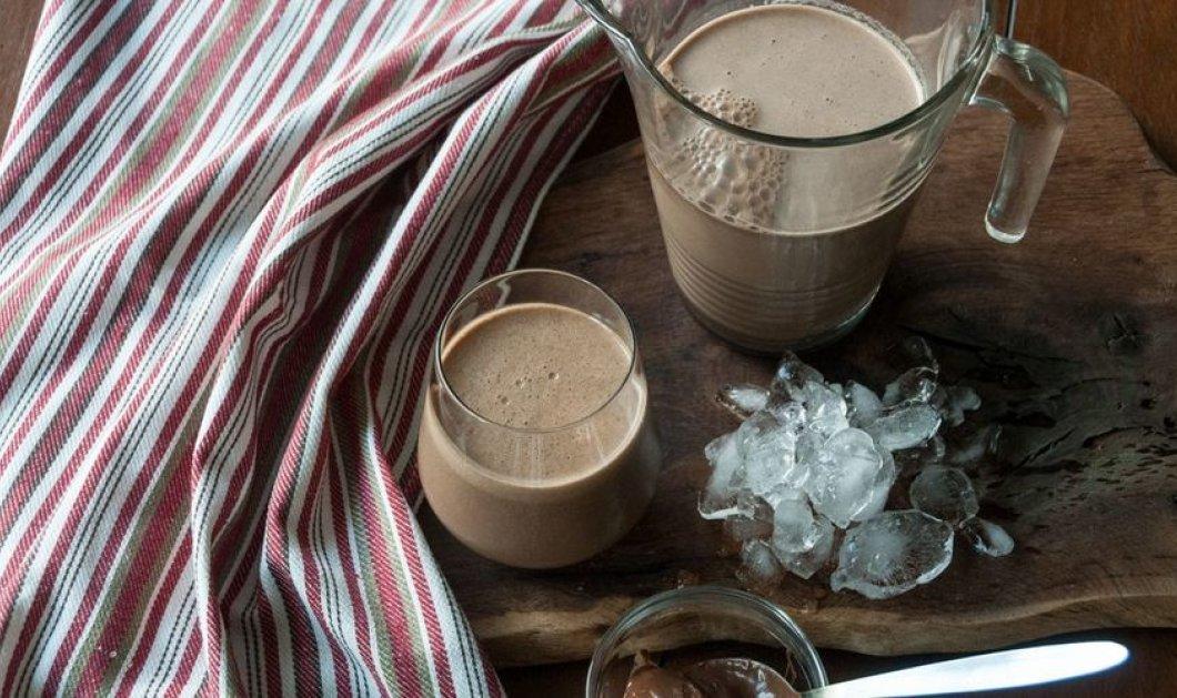 Smoothie με espresso, φυστικοβούτυρο και μπανάνα του Άκη Πετρετζίκη για ένα πολύ δυνατό πρωινό ξύπνημα - Κυρίως Φωτογραφία - Gallery - Video