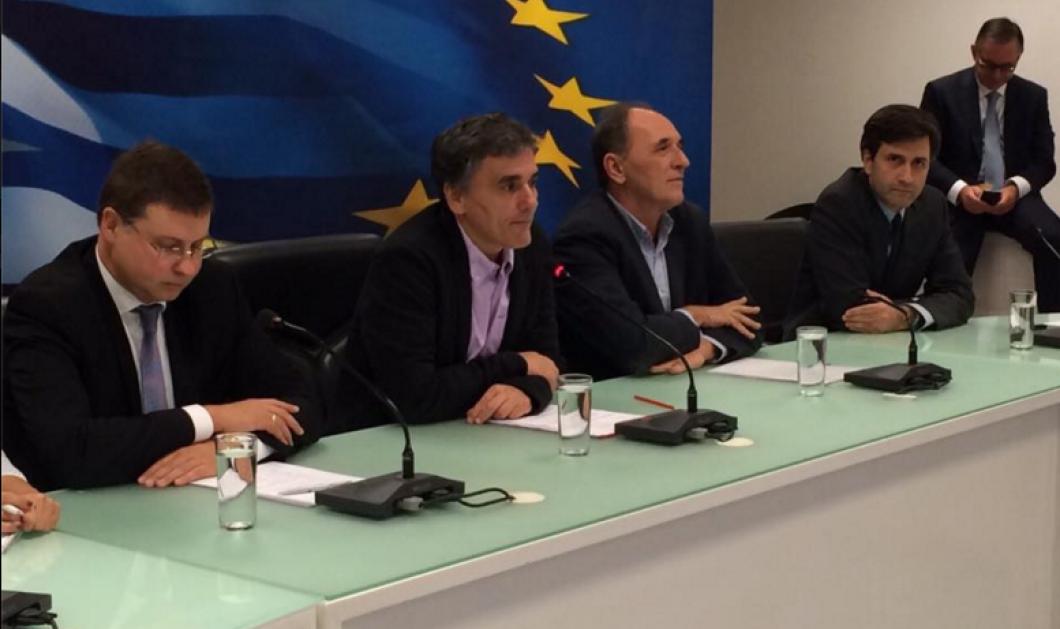 Β. Ντομπρόβσκις: Σε σωστή πορεία η συνεργασία Ελλάδας – δανειστών - Συμφωνήσαμε να εργαστούμε σκληρά  - Κυρίως Φωτογραφία - Gallery - Video