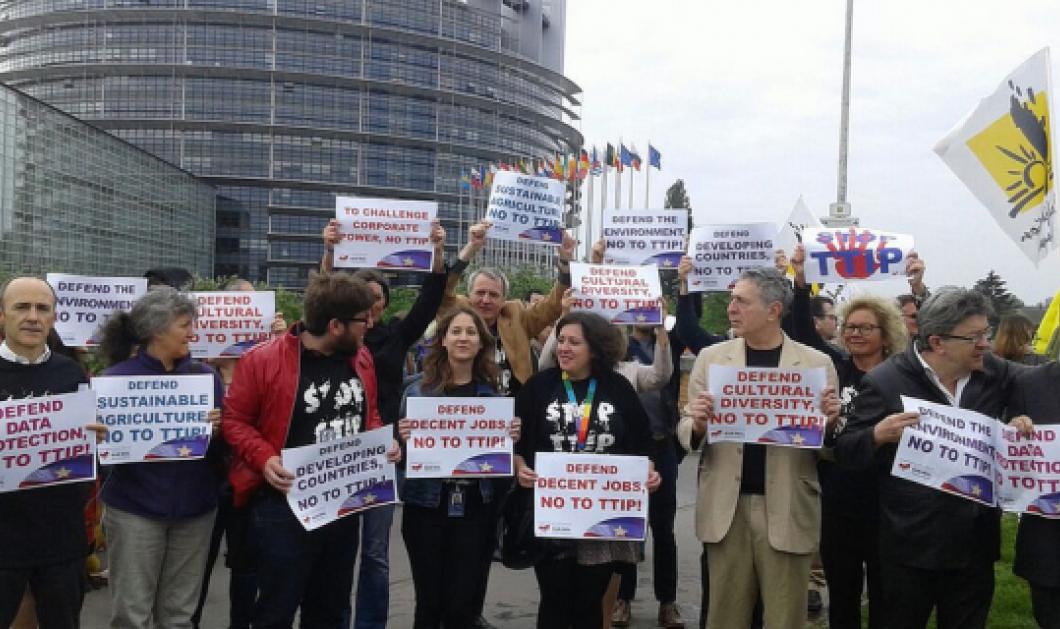 To TTIP και οι προβοκάτορες -Η ηλιθιότητα από την προβοκάτσια, είναι ένα τσιγάρο δρόμος  - Κυρίως Φωτογραφία - Gallery - Video