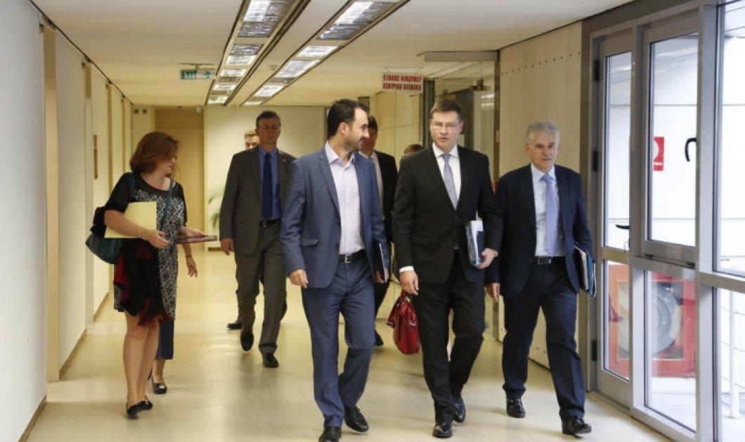Ντομπρόβσκις: Η αξιολόγηση πρέπει να κλείσει για να διασφαλιστεί η σταθερότητα στην Ελλάδα  - Κυρίως Φωτογραφία - Gallery - Video