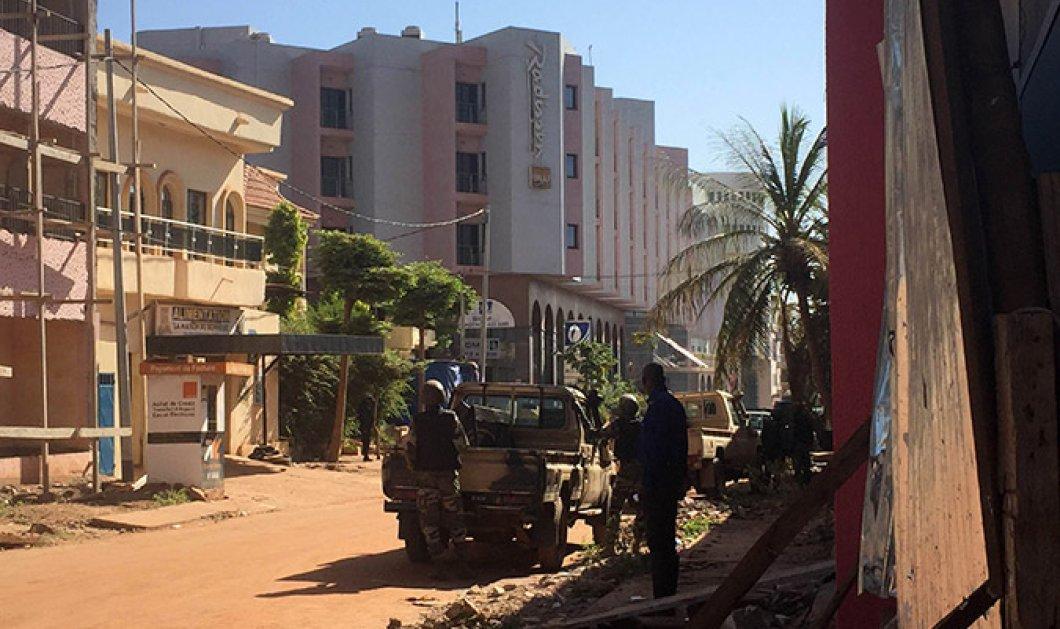 Συνταρακτικές εικόνες και βίντεο από το νέο μακελειό των τζιχαντιστών στο Μάλι - 21 νεκροί & 7 τραυματίες  - Κυρίως Φωτογραφία - Gallery - Video