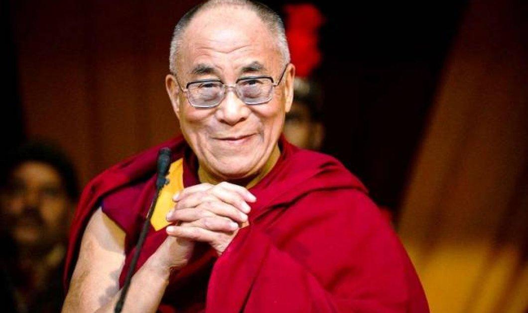 Η απάντηση του Δαλάι Λάμα όταν ρωτήθηκε αν πρέπει να προσευχόμαστε για όσα έγιναν στο Παρίσι - Κυρίως Φωτογραφία - Gallery - Video