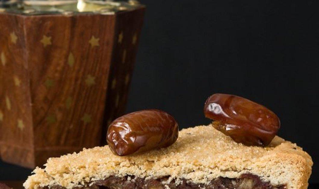 Ο master της ζαχαροπλαστικής Στέλιος Παρλιάρος μας δείχνει πως να φτιάχνουμε χουρμαδόπιτα - Κυρίως Φωτογραφία - Gallery - Video