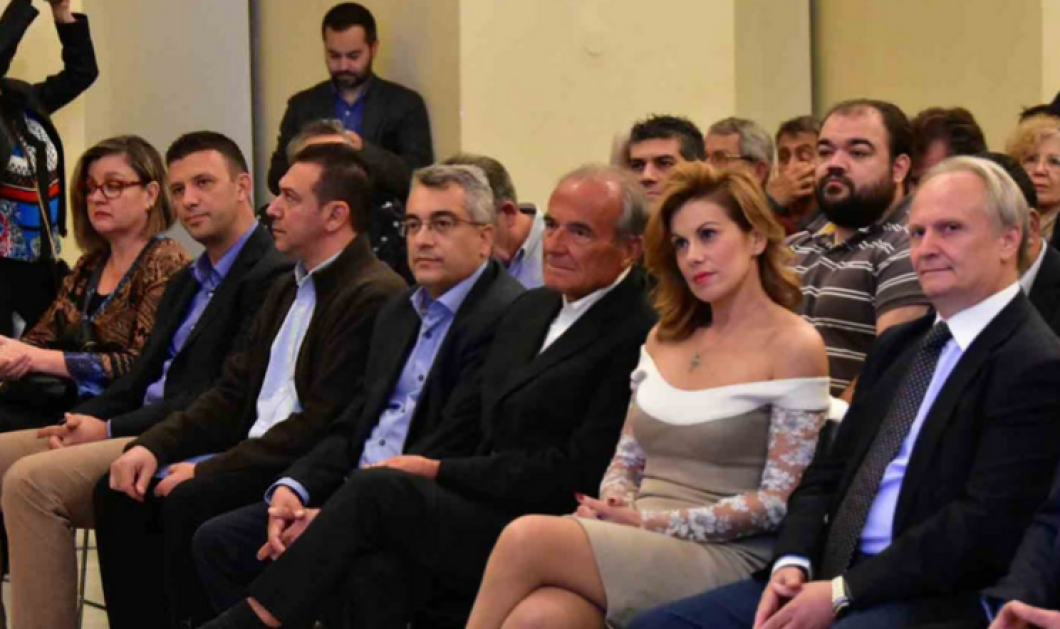 Ευγενία Μανωλίδου: Χαρούμενη & εντυπωσιακή στα γενέθλια του Άδωνι Γεωργιάδη απόψε στο Ναύπλιο -και η περιοδεία- περιοδεία - Κυρίως Φωτογραφία - Gallery - Video