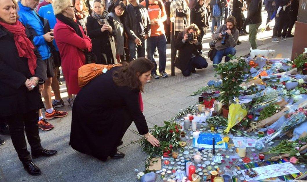 Η Ζωή Κωνσταντοπούλου απότισε φόρο τιμής στον τόπο του μακελειού στο Παρίσι - Φωτογραφίες της από το FB   - Κυρίως Φωτογραφία - Gallery - Video