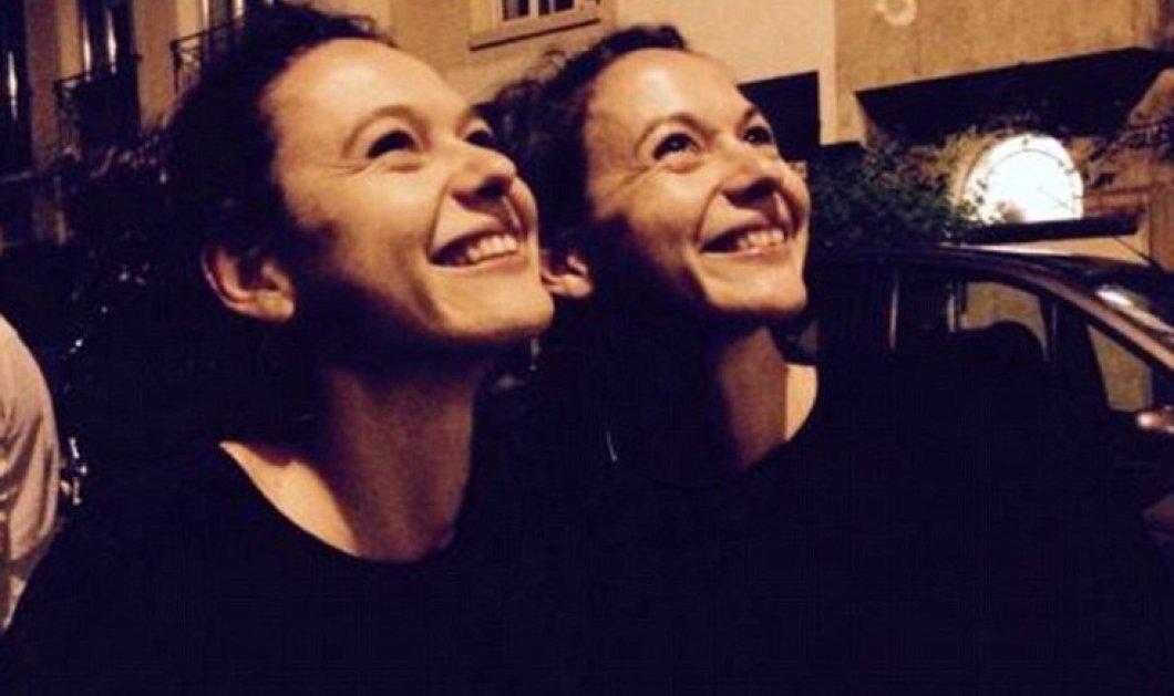 Η πιο συγκινητική ιστορία του μακελειού: Μάνα έχασε τις δίδυμες κόρες της στο cafe Le Carillon την μαύρη νύχτα 13/11 - Κυρίως Φωτογραφία - Gallery - Video