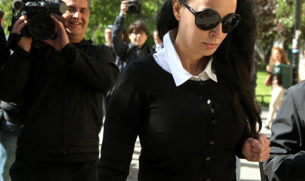 Απορρίφθηκε η αίτηση της Βίκυς Σταμάτη για την εγγύηση - Θα επιστρέψει στην φυλακή αν δεν δώσει τα 50.000 ευρώ - Κυρίως Φωτογραφία - Gallery - Video