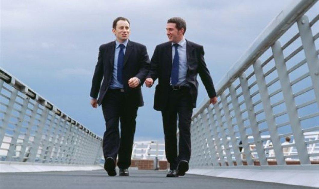 Τέσσερα χρόνια παραπάνω από τους απλούς πολίτες φαίνεται να ζουν οι πολιτικοί!  - Κυρίως Φωτογραφία - Gallery - Video