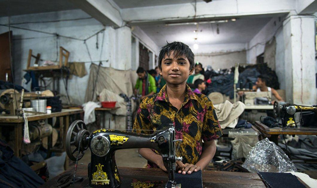 Συνταρακτικές φωτογραφίες με τα παιδάκια - εργατάκια της βιομηχανίας ρούχων στο Μπαγκλαντές - Κυρίως Φωτογραφία - Gallery - Video