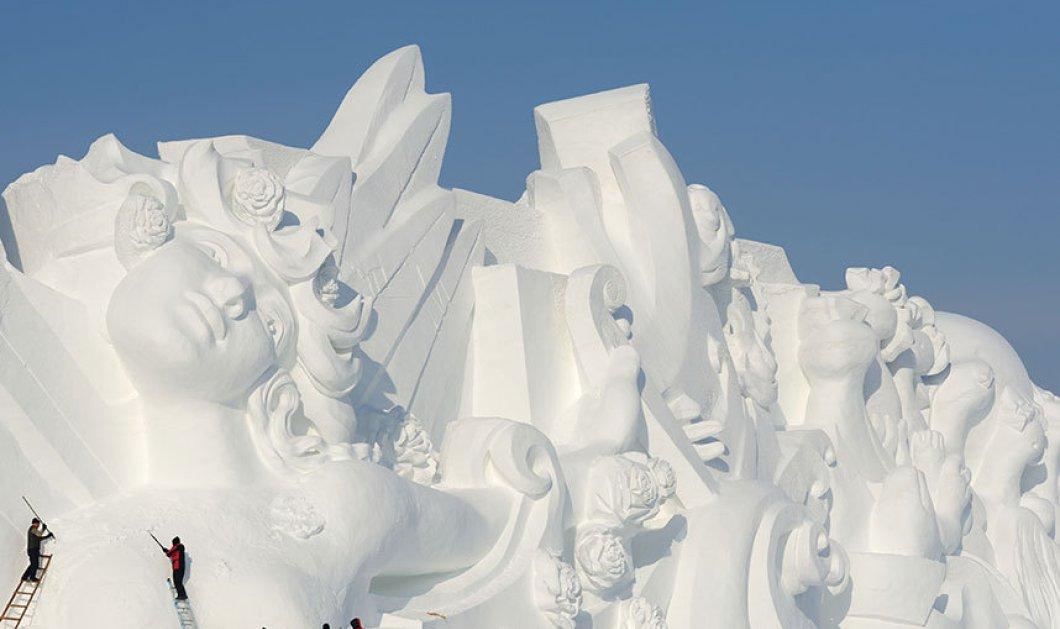 Εικόνες απο το παραμυθένιο φεστιβάλ με γλυπτά από πάγο & χιόνι - Ένας μαγικός κόσμος των Χριστουγέννων  - Κυρίως Φωτογραφία - Gallery - Video