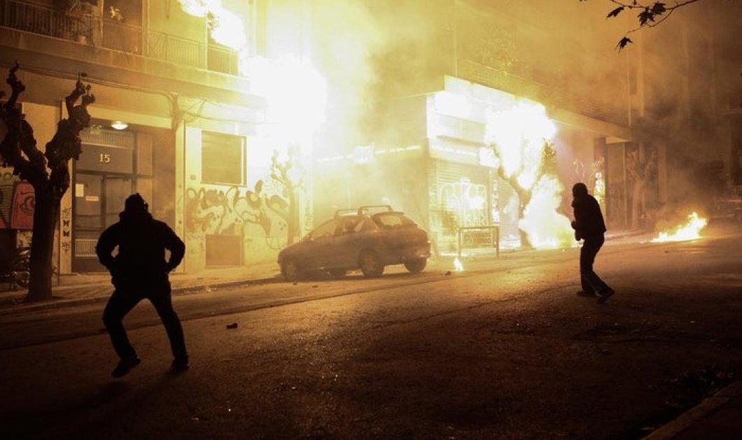 Kουκουλοφόροι εκτόξευσαν 15 βόμβες μολότοφ στο τουρκικό προξενείο της Θεσσαλονίκης - Κυρίως Φωτογραφία - Gallery - Video