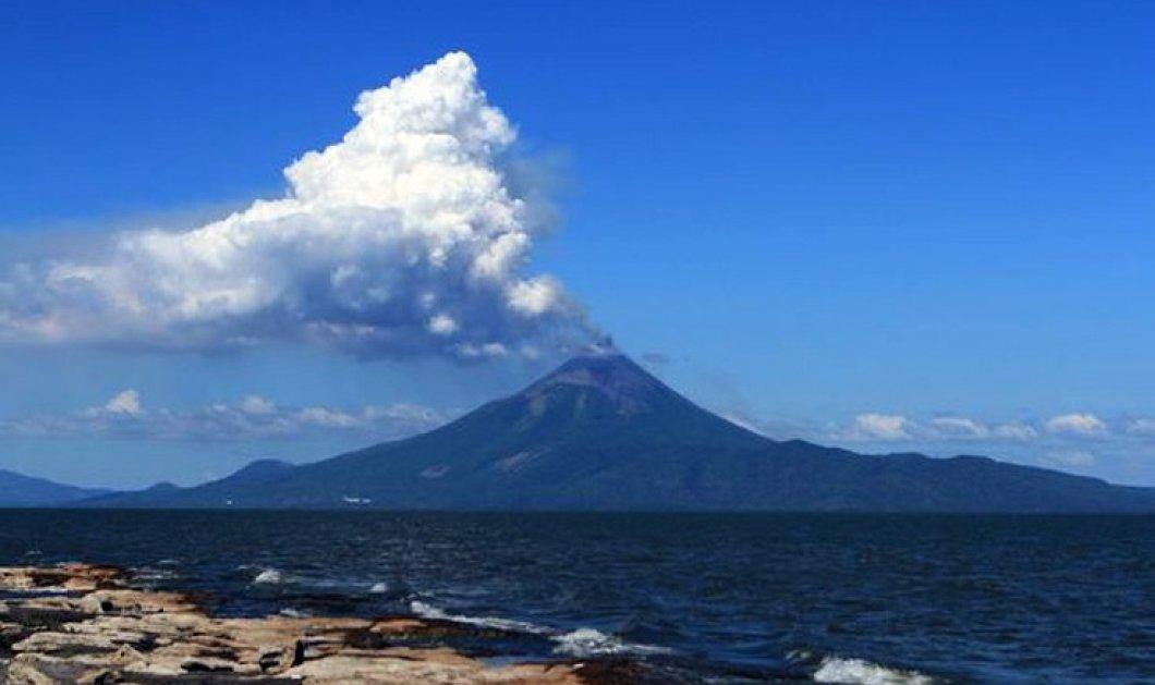 Η συνταρακτική στιγμή της έκρηξης ηφαιστείου μετά από έναν ολόκληρο αιώνα - Δείτε το εντυπωσιακό βίντεο - Κυρίως Φωτογραφία - Gallery - Video