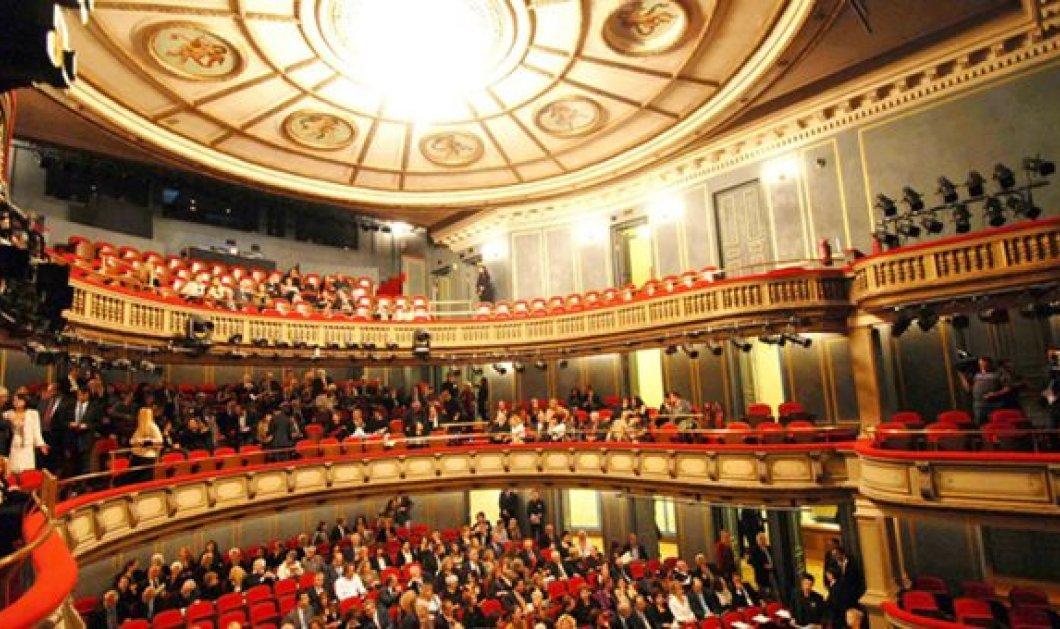 Το Εθνικό Θέατρο υπέρ του έργου του Σάββα Ξηρού-«Το θέατρο σαν τέχνη δεν έρχεται να ξαναδικάσει»  - Κυρίως Φωτογραφία - Gallery - Video