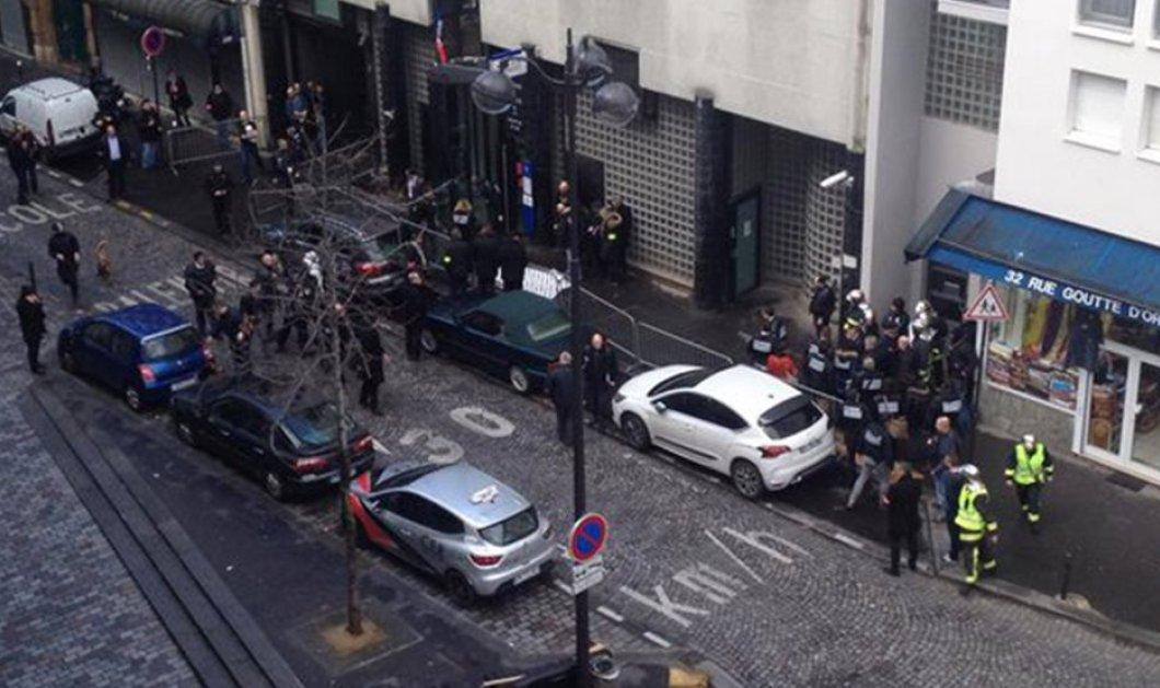 Τρόμος στο Παρίσι:  Άνδρας οπλισμένος με μαχαίρι & ζωσμένος με ψεύτικα εκρηκτικά επιχείρησε να εισβάλει σε αστυνομικό τμήμα  - Κυρίως Φωτογραφία - Gallery - Video