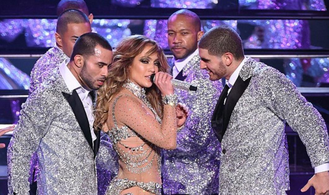 Η πιο σέξι και αποκαλυπτική εμφάνιση της Jennifer Lopez (Photos) στο Λας Βέγκας: Αll i have…  - Κυρίως Φωτογραφία - Gallery - Video
