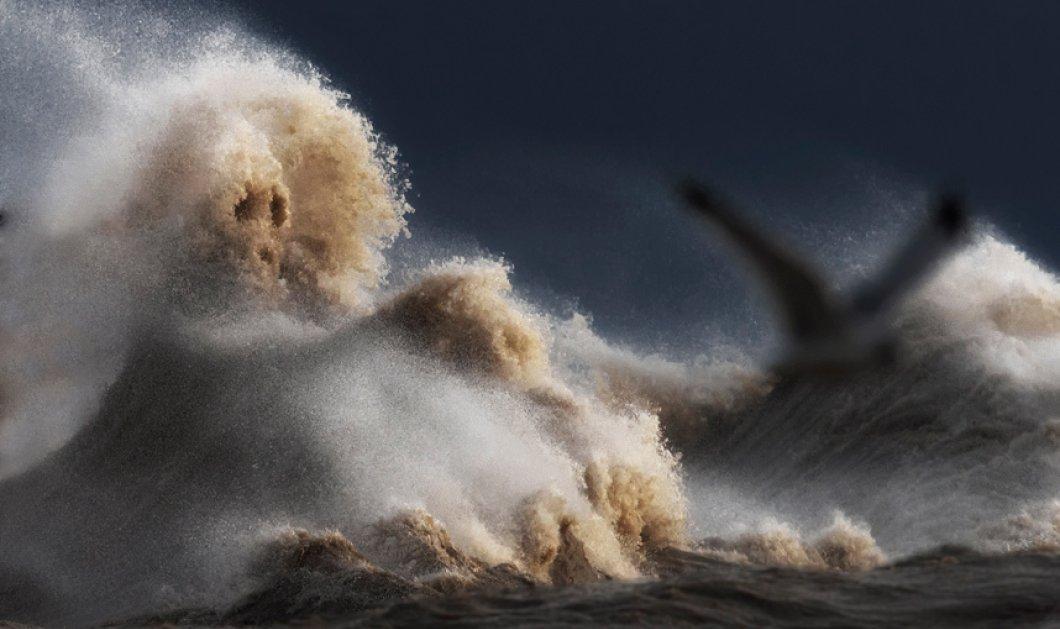Μανιασμένα κύματα σε συναρπαστικά κλικς που εντυπωσιάζουν - Δείτε τα - Κυρίως Φωτογραφία - Gallery - Video