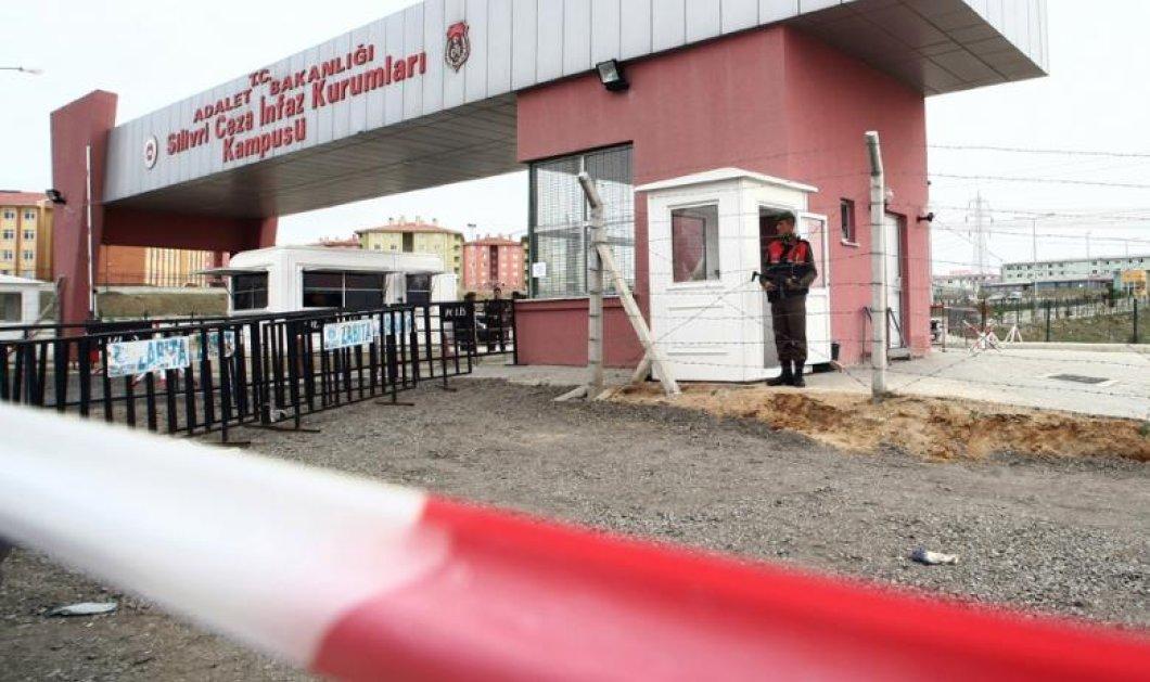 Τουρκία: Γιατί πρότεινε ισόβια ο εισαγγελέας για τους δύο δημοσιογράφους της εφημερίδας «Cumhuriyet» - Κυρίως Φωτογραφία - Gallery - Video