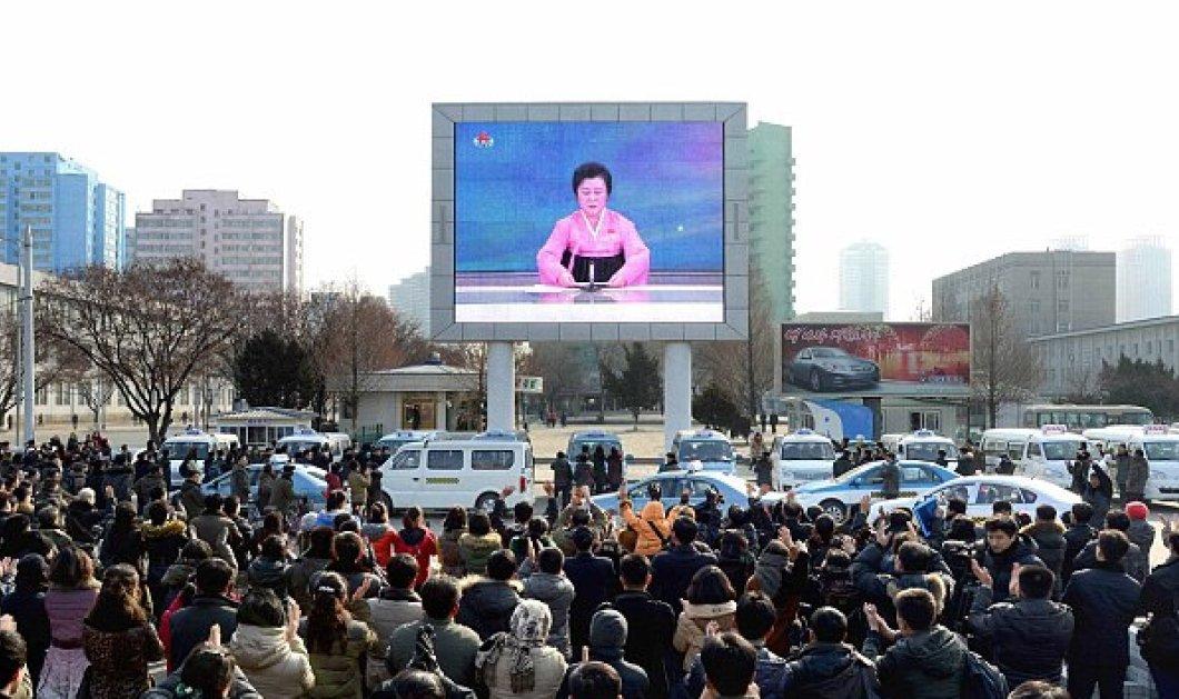 """Μάθαμε για την """"συνάδελφο"""" μου Ρι Τσουν-Χι: Η παρουσιάστρια ειδήσεων της Β.Κορέας είναι 69 ετών """"αξιόπιστη"""" & καμαρωτή... - Κυρίως Φωτογραφία - Gallery - Video"""