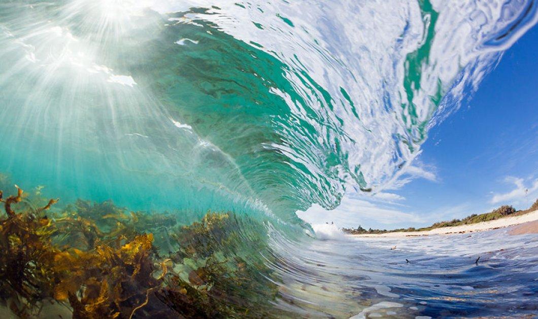 Εξαιρετικές λήψεις με κύματα από αγριεμένες θάλασσες να μας θυμίζουν την τρικυμία που ξεκινάει και αυτή την εβδομάδα στην Ελλάδα   - Κυρίως Φωτογραφία - Gallery - Video