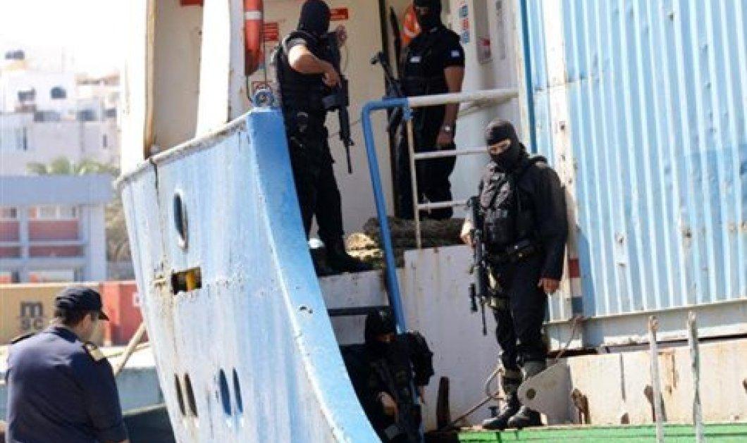 Θρίλερ στην Σούδα με ύποπτο πλοίο - Γεμάτο με όπλα και εκρηκτικά! - Σε εξέλιξη έρευνες - Κυρίως Φωτογραφία - Gallery - Video