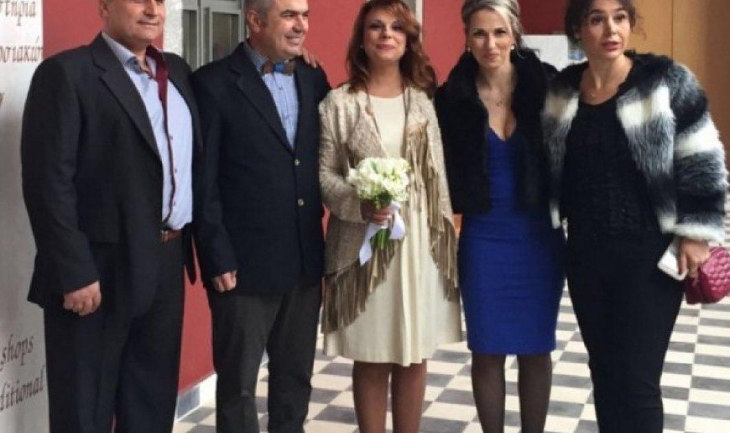 Αράχωβα: Ο γάμος παρουσιάστριας δελτίου ειδήσεων με αγρότη των μπλόκων (Φωτό)! Περιμένουν παιδί!   - Κυρίως Φωτογραφία - Gallery - Video
