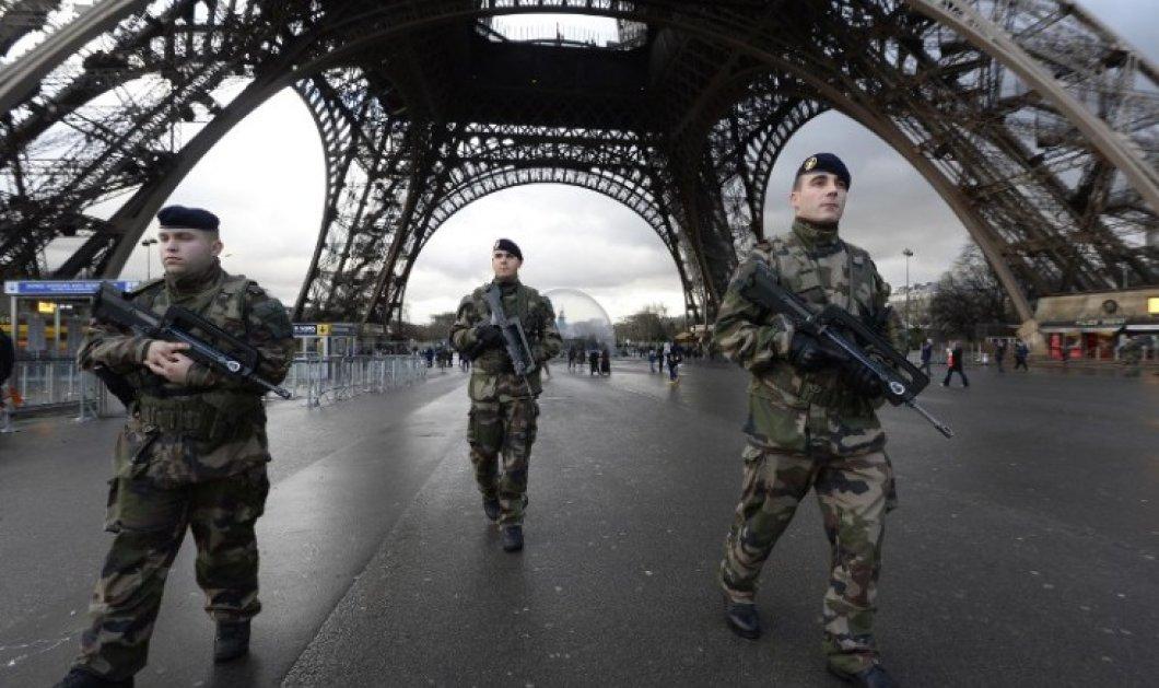 Τρόμος στο Παρίσι: Εκκενώθηκαν τρία λύκεια μετά από απειλητικά τηλεφωνήματα - Θα πεθάνετε όλοι   - Κυρίως Φωτογραφία - Gallery - Video