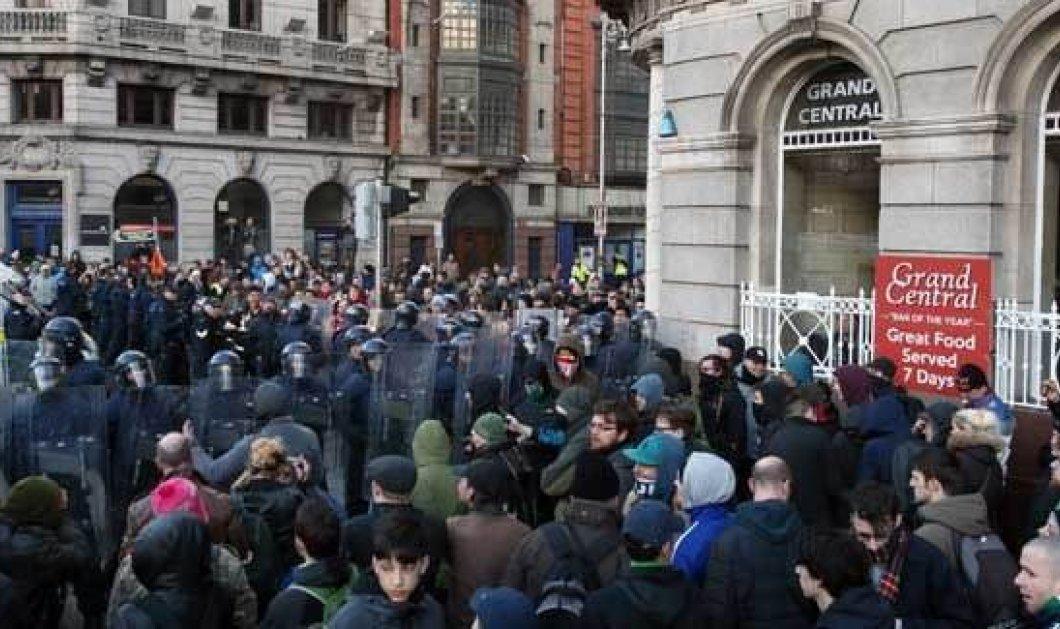 """""""Στα χέρια"""" πιάστηκαν στο Δουβλίνο μετά την πορεία του ακροδεξιού PEGIDA - Κυρίως Φωτογραφία - Gallery - Video"""