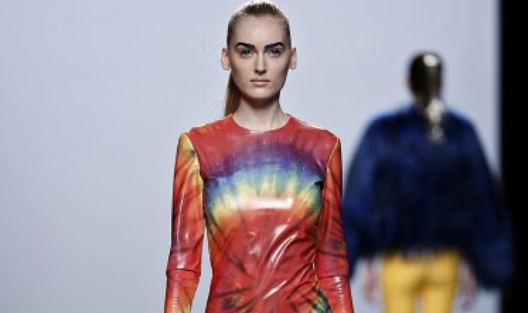 Μια σουρεαλιστική σχεδιάστρια μόδας: 40 χαρούμενα φτερωτά μοντέλα της Maria Escoté Otonõ - Κυρίως Φωτογραφία - Gallery - Video