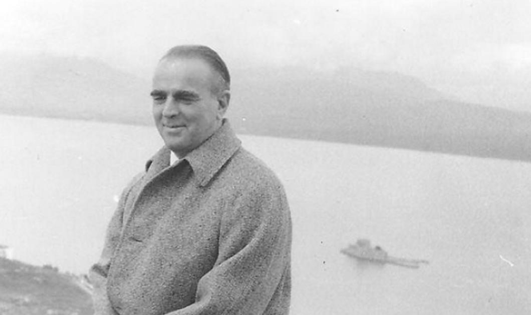 Vintage pic: Ο Κωνσταντίνος Καραμανλής με κομψό παλτό χειμώνα του 1956 - Φόντο το Μπούρτζι  - Κυρίως Φωτογραφία - Gallery - Video