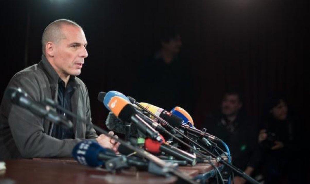"""Γιάνης Βαρουφάκης: Όλα όσα έγιναν στην πρεμιέρα του κόμματος του: """"Απέτυχα ως υπουργός Οικονομικών - Η τρόικα έκλεισε τις τράπεζες""""   - Κυρίως Φωτογραφία - Gallery - Video"""