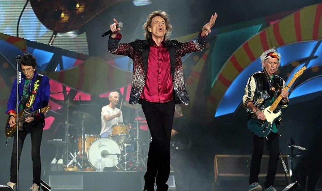 """""""Γκρέμισαν τα σύνορα"""" οι Rolling Stones - Δεκάδες χιλιάδες Κουβανοί σε μια ιστορική συναυλία στην Αβάνα (φωτό) - Κυρίως Φωτογραφία - Gallery - Video"""
