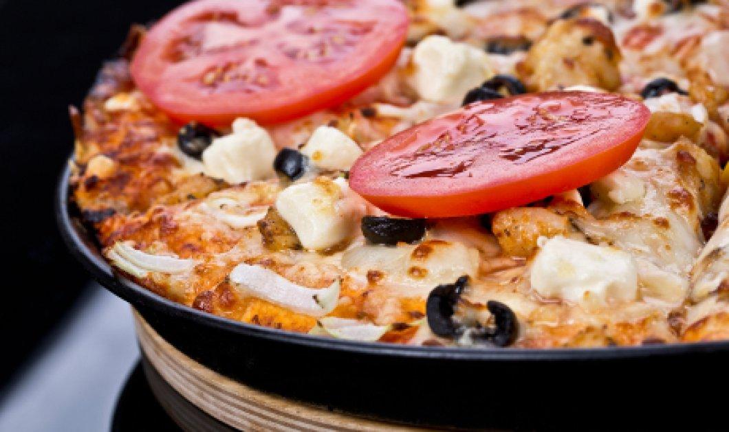 Έσπασε το δόντι της τρώγοντας πίτσα με ελιά- Την αποζημείωσαν με 1.500 ευρώ   - Κυρίως Φωτογραφία - Gallery - Video