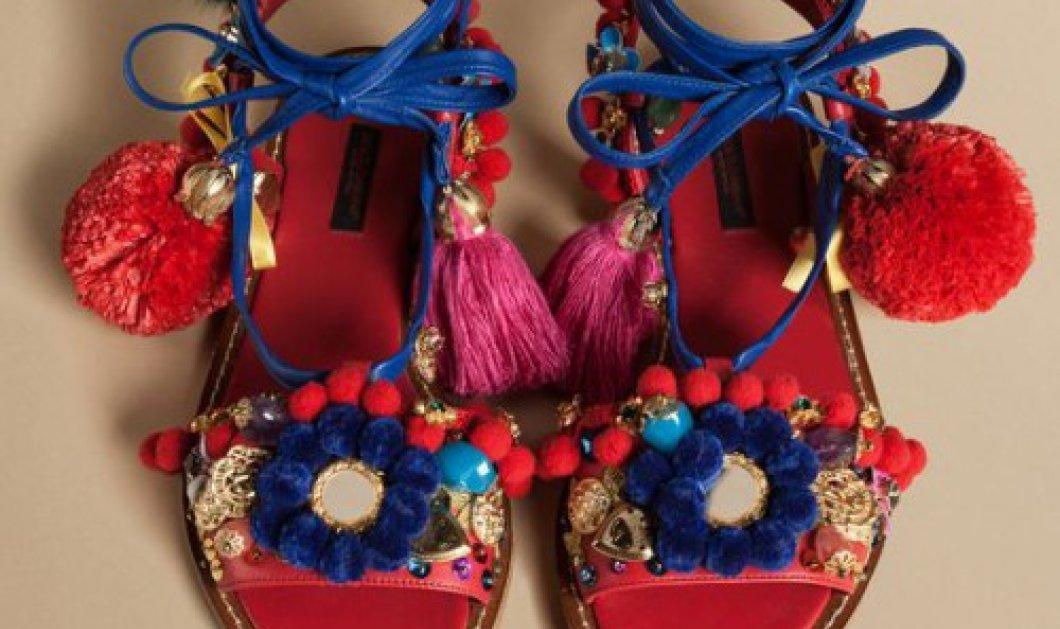 Σαν τσαρούχια: Αυτά τα σανδάλια των Dolce & Gabbana προκάλεσαν σάλο στο ίντερνετ - Κυρίως Φωτογραφία - Gallery - Video
