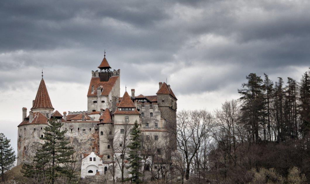 """Θέλετε να αποκτήσετε το κάστρο του Κόμη Δράκουλα; Θα σας κοστίσει """"μόλις"""" 13 εκατ. δολάρια! - Κυρίως Φωτογραφία - Gallery - Video"""