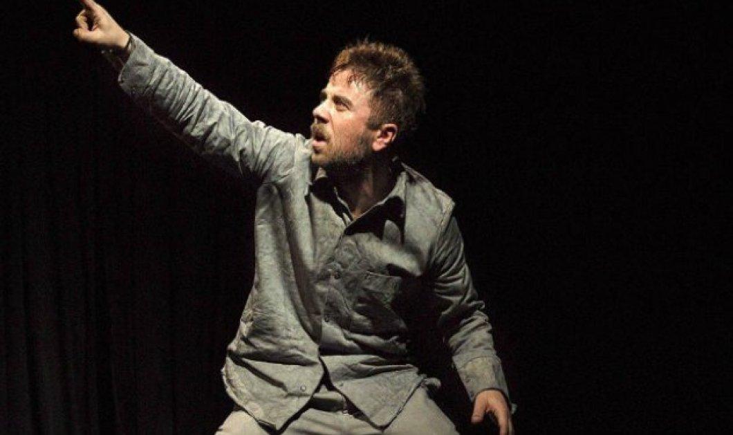 Δωρεάν θέατρο με το eirinika: Θανάσης Τσαλταμπάσης σε ένα ρεσιτάλ ερμηνείας στον «Ιώβ» στο Ιλίσια Βολανάκης - Κυρίως Φωτογραφία - Gallery - Video